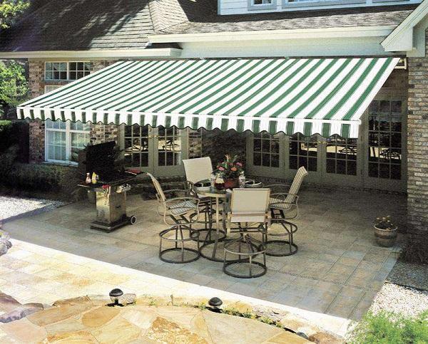 Dùng mái bạt quay dễ dàng, phù hợp không gian sân vườn