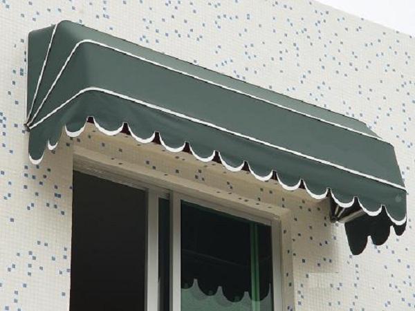 Mái bạt vòm che nắng mưa, bảo vệ đồ dùng ngôi nhà